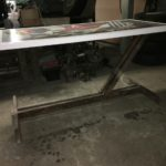 nyomtatott asztal gyártás alatt